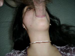 Молодая похотливая брюнеточка - фото #28