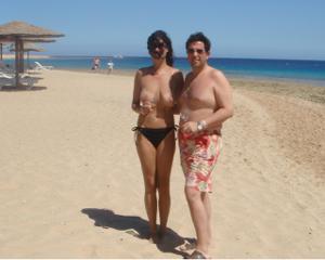 Интимные фоточки зрелой женщины с моря - фото #15