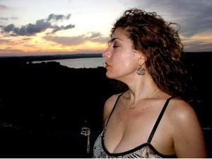 Интимные фоточки зрелой женщины с моря - фото #25