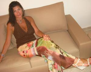 Интимные фоточки зрелой женщины с моря - фото #32