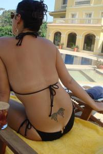 Интимные фоточки зрелой женщины с моря - фото #55