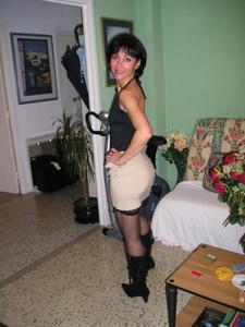 Прикольная худая милфа затейница - фото #36