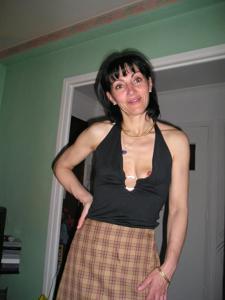 Прикольная худая милфа затейница - фото #65
