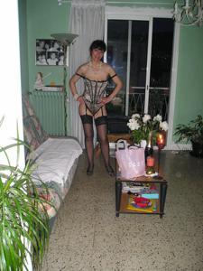 Прикольная худая милфа затейница - фото #81