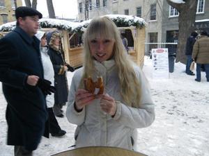 Возбуждающая блондинка с прелестной грудью - фото #55