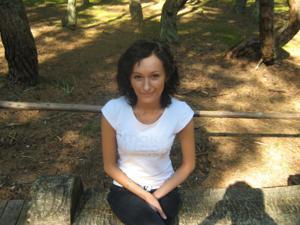 Брюнетка с плоской грудью - фото #14