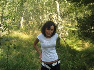 Брюнетка с плоской грудью - фото #31