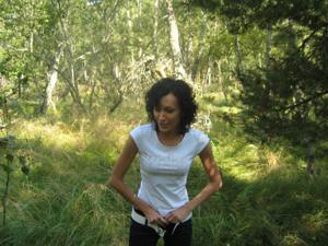 Брюнетка с плоской грудью - фото #43
