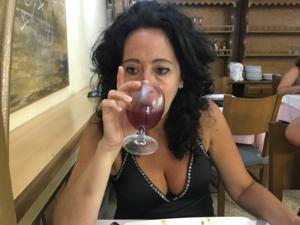 Напилась вина и дала коллеге с работы трахнуть свою волосню - фото #1