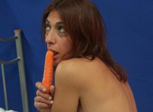 Фото подборка с разнообразной мастурбацией зрелой женщины - фото #119