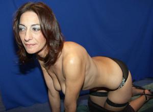 Фото подборка с разнообразной мастурбацией зрелой женщины - фото #19