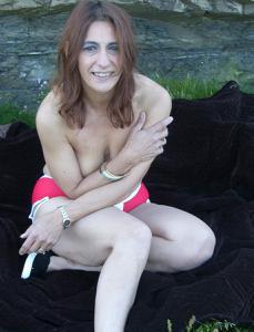 Фото подборка с разнообразной мастурбацией зрелой женщины - фото #55