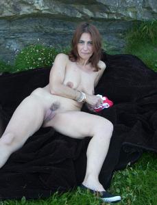 Фото подборка с разнообразной мастурбацией зрелой женщины - фото #63