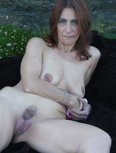 Фото подборка с разнообразной мастурбацией зрелой женщины - фото #66