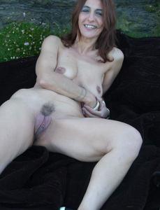 Фото подборка с разнообразной мастурбацией зрелой женщины - фото #68