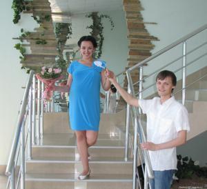 Русская телка не отказывается шалить даже будучи беременной - фото #6