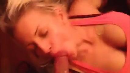 Отсос блондинки и залив ее рта спермой