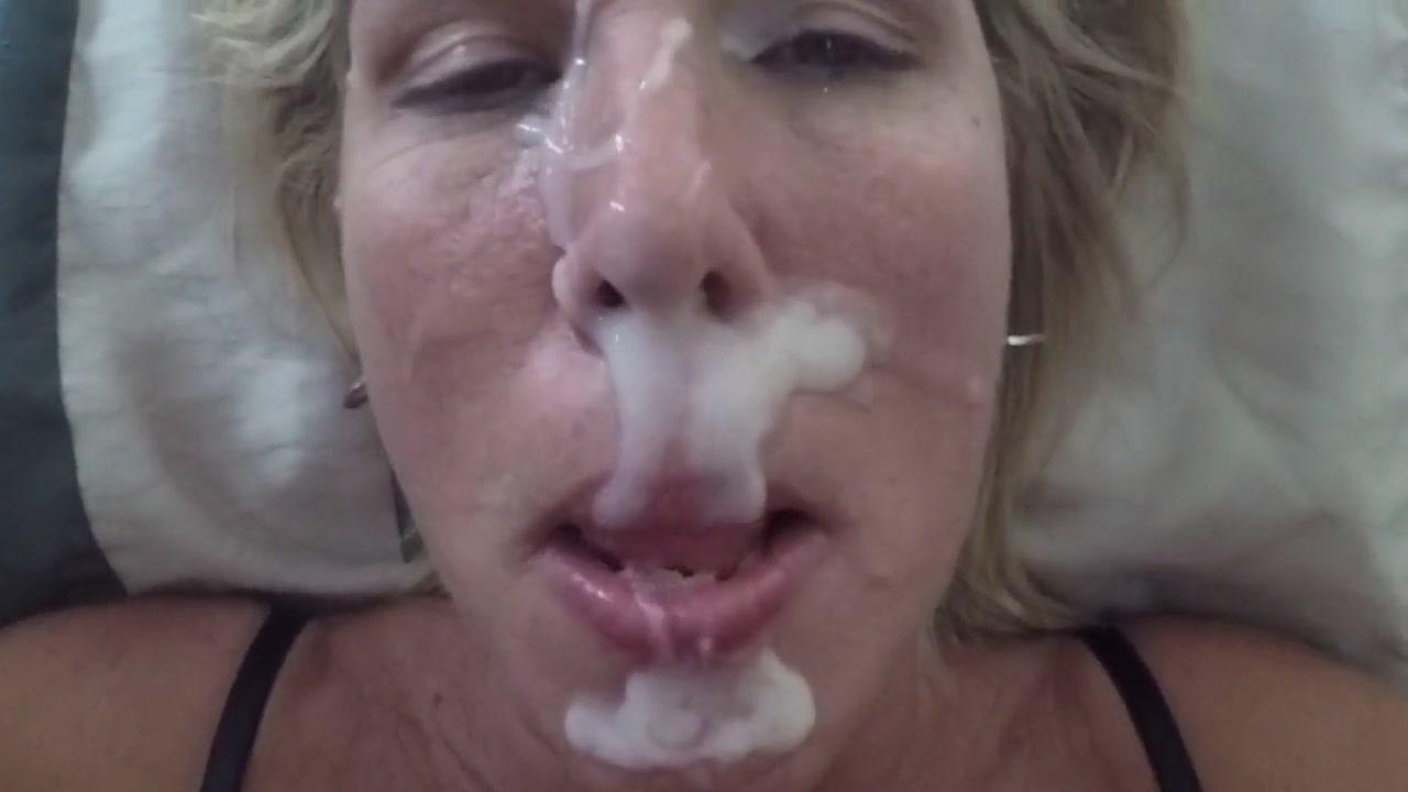 Мужик залил своей жене спермой все лицо